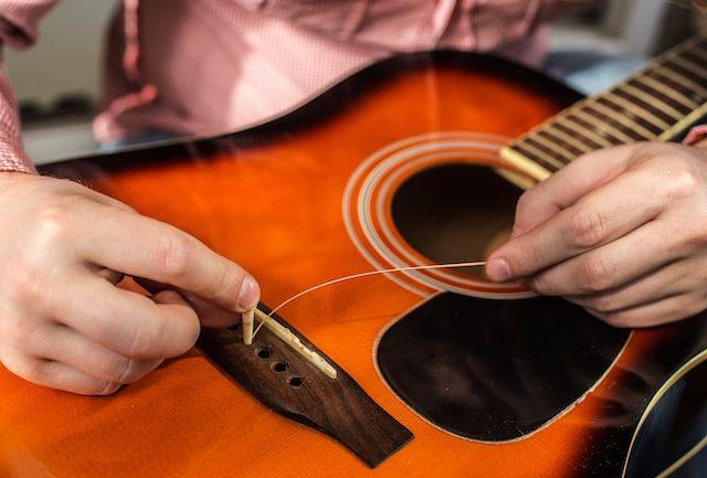 アコギの弦交換のやり方